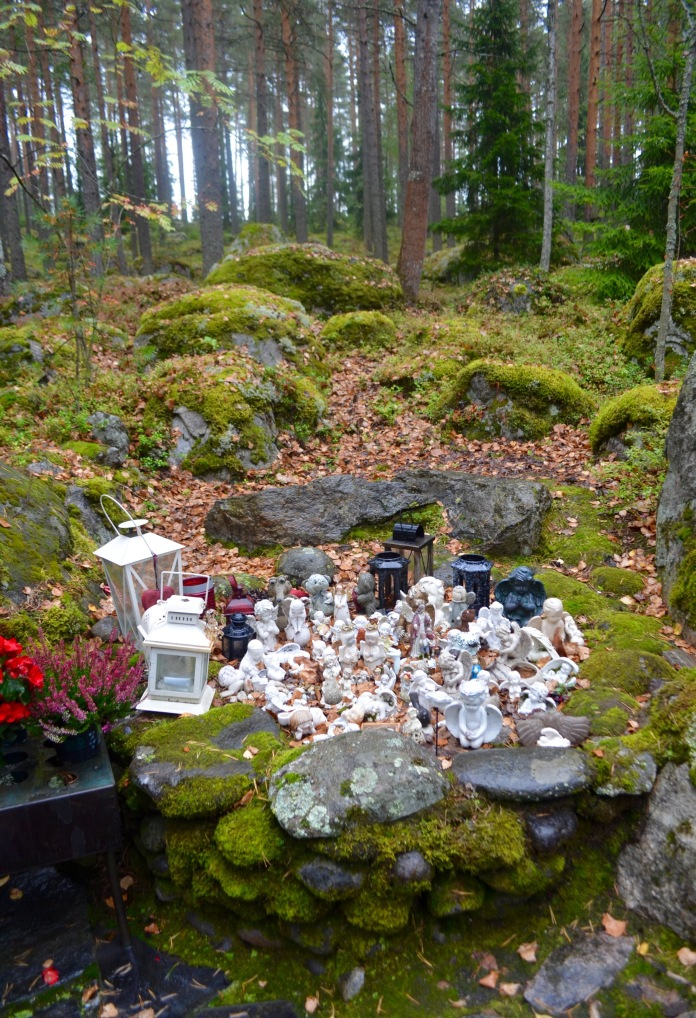 angel figurines in Lahti- you might find a creature that does not belong here-- clue: he should have stayed in the ice age