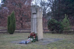 mass graves memorial for soviet soldiers